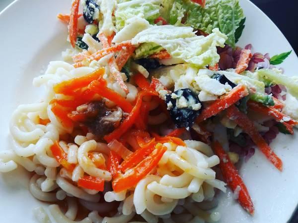 Овощной салатик и гарнир