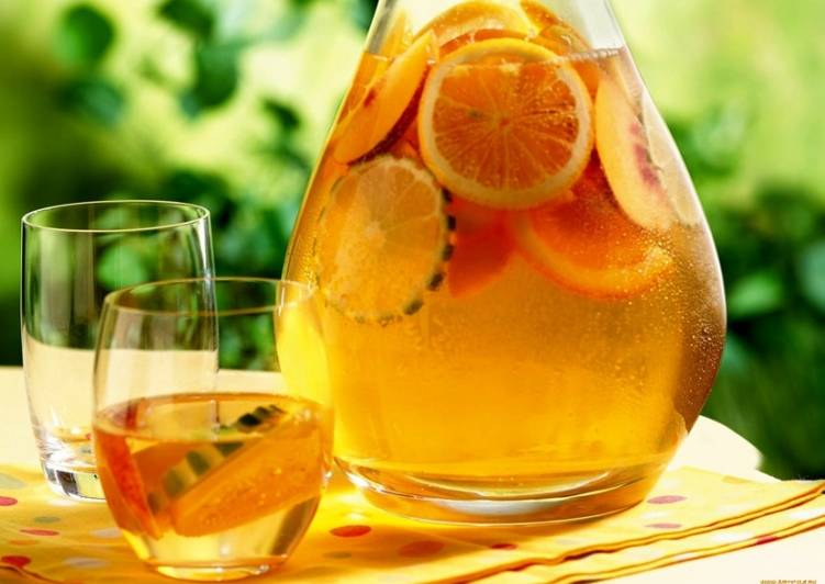 Компот из апельсинов и лимонов