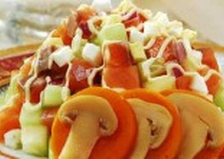 Салат из лосося с грибами
