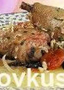 Курица, тушенная с сухофруктами