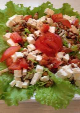 Салат с морскими гадами