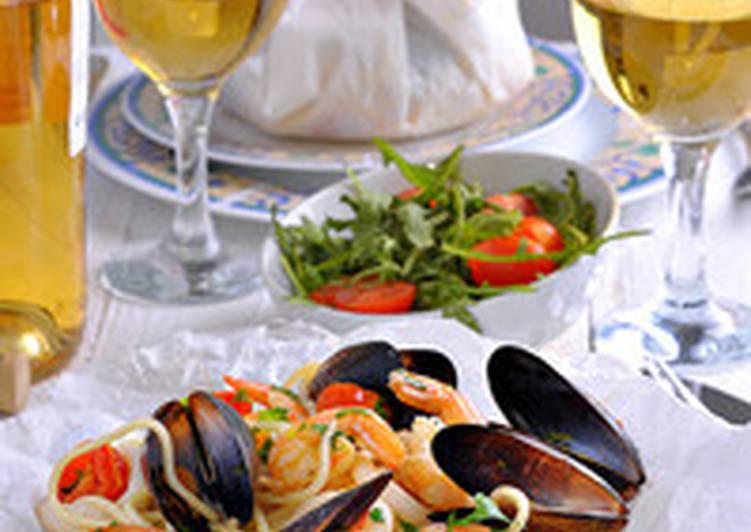 """Спагетти """"морской бриз"""" в пергаментных мешочках"""