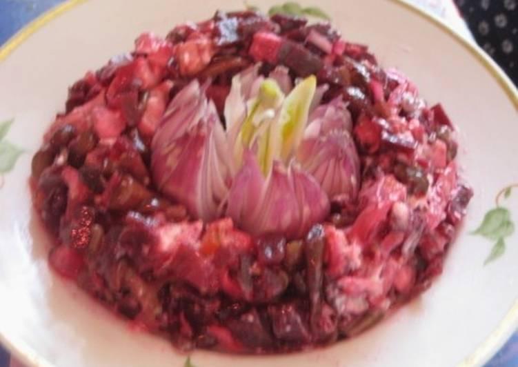 Новогодний салат «Цветение»