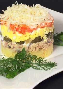 Салат с рыбой и овощами