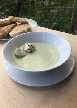 Суп-пюре из брокколи с молоком и сыром с голубой плесенью🌷 #чемпионатмира #франция