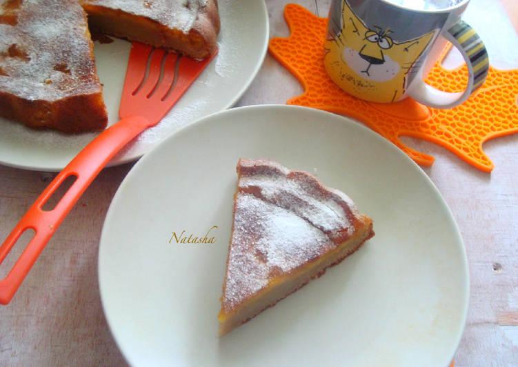 Пирог с абрикосовым повидлом на йогурте