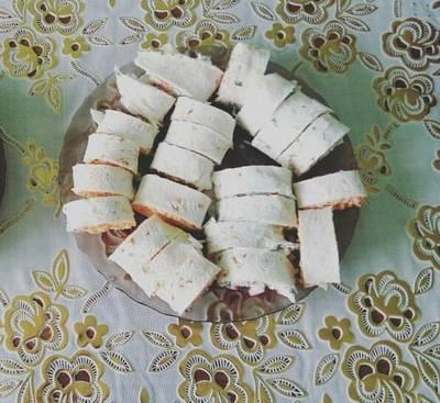 Закуска из лаваша с корейской капустой