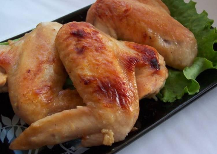 Крылышки куриные в пивном кляре с петрушкой по-японски