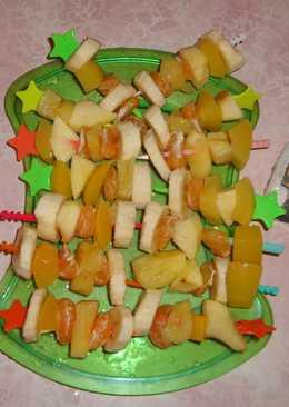 Десертное канапе для праздничного стола
