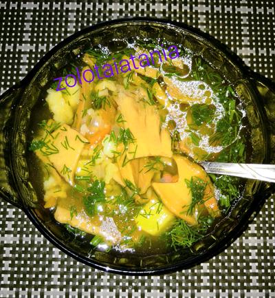Суп из сушёных белых грибов с рисом