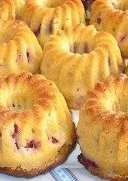 Маффины на кефире со смородиной «Чудо-ягода»