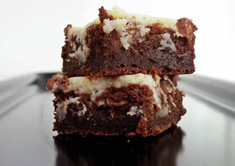 Чизкейк-брауни с бананами и шоколадом