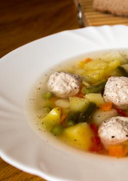 Вкусный и легкий овощной супчик с фрикадельками