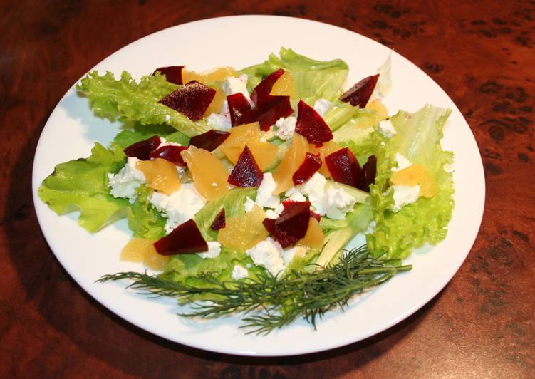 Салат со свекольным и апельсиновым желе с брынзой