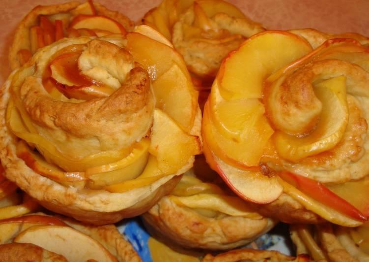 Пирожное Розы из яблок