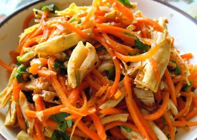 Рецепт салата на праздничный стол с кальмарами