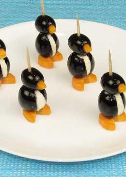Весёлая и вкусная закуска Пингвины. Канапе на праздничный стол