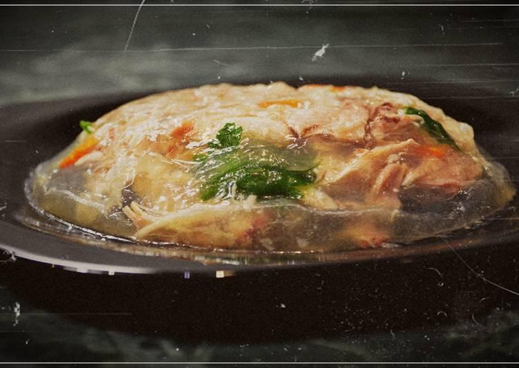 Как приготовить холодец из курицы в мультиварке (без желатина). Новогодний рецепт