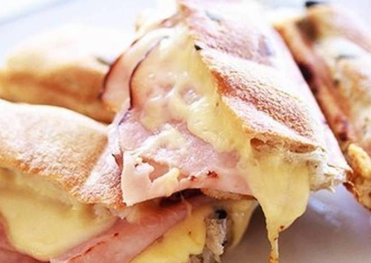 Горячие бутерброды из багета