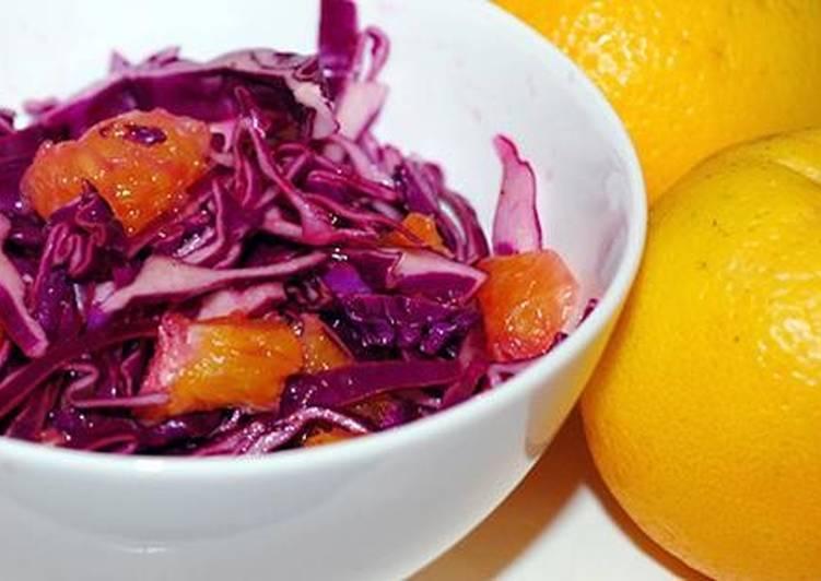 Салат из красной капусты и апельсинов