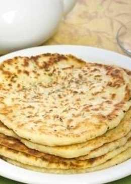 Лепешки с сыром на кефире в сковороде
