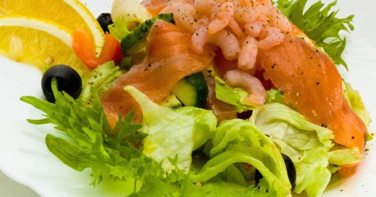 Нежный соус с добавлением хрустящей икры мойвы придаст блюду полную завершённость и незабываемый вкус.