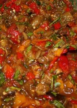 Аппетитная закуска из печеных овощей к шашлыку