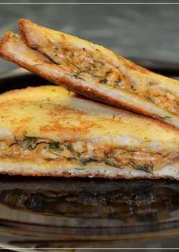 Вкусные гренки с сыром на завтрак - просто и быстро