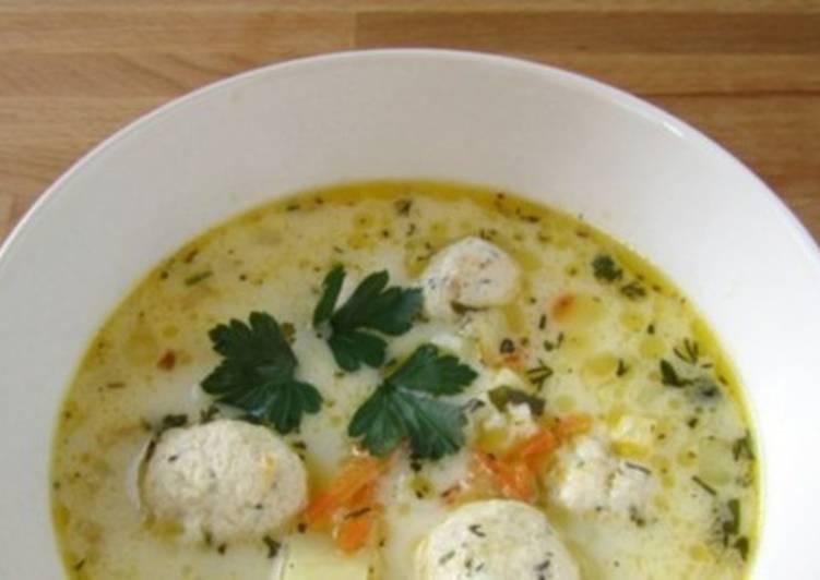 Французский сырный суп с фрикадельками