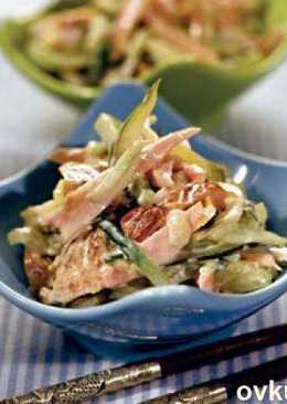Салат из копченой курицы, моркови по-корейски и отварного картофеля