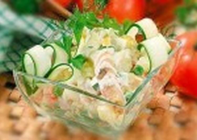Рыбный салат с картофелем и рисом
