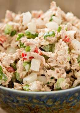 Рыбный салат из отварной рыбы – рецепт