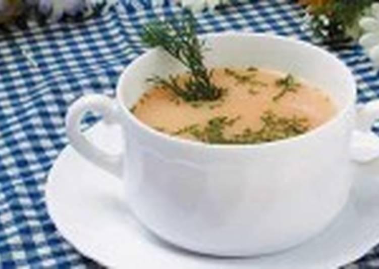 Кисломолочный суп с укропом