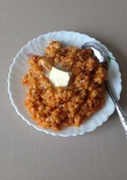Перловая каша с томатной пастой в мультиварке