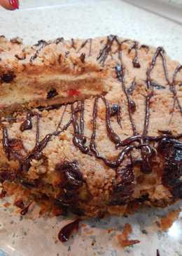 Домашний пирог с творогом и сухофруктами