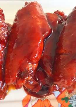 Жареные куриные крылышки в красном соусе по-китайски