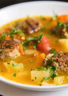 Суп с фрикадельками из говяжьего фарша и овощами