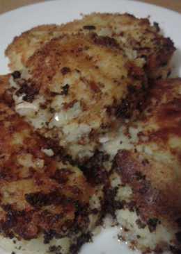 Кусочки рыбы в картофельном пюре
