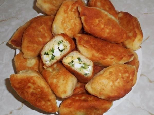Жареные пирожки с яйцом и луком #чемпионатмира #россия