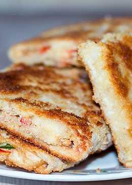 Вкусный завтрак - простые жареные бутерброды