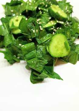 Полезный салат из шпината диетический