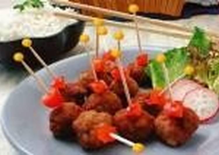 Жареные свиные фрикадельки по-тайски