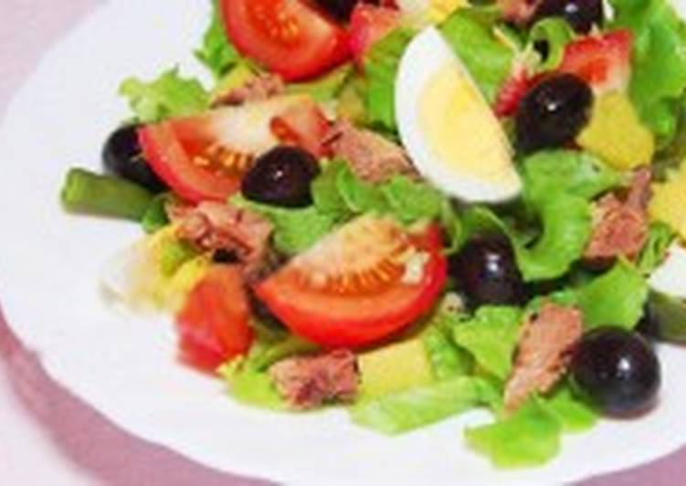Салат из тунца «никуаз»