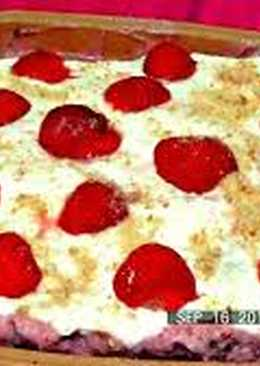 Новейший рецепт - Дырявый пирог с клубникой