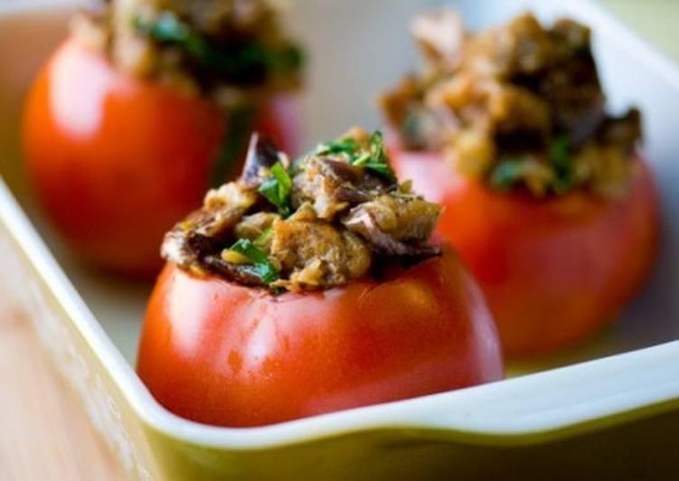 Фаршированные печенью помидоры