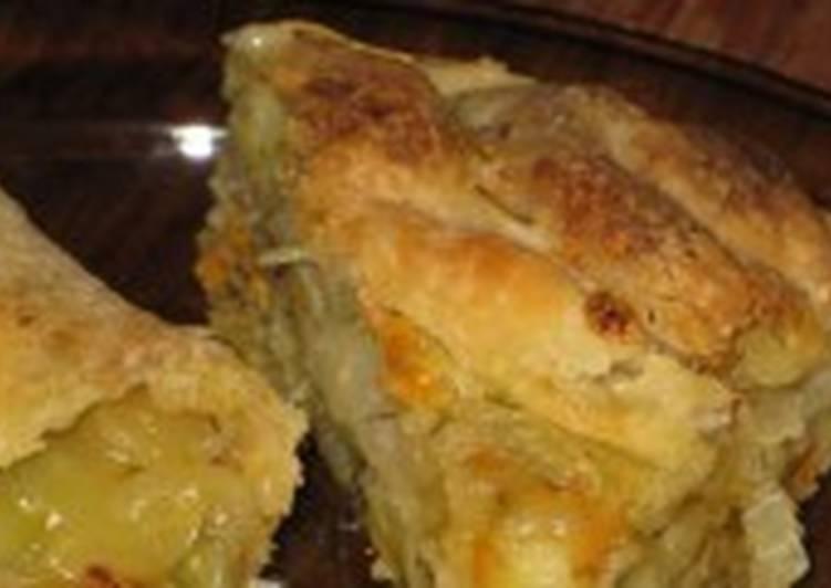 Рулет «Весенний» с картофелем и розмарином