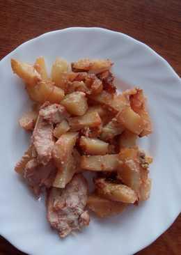 Куриное филе со сметанным соусом