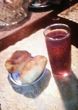 Кисель из красной смородины (протёртая с песком) и цедрой лимона
