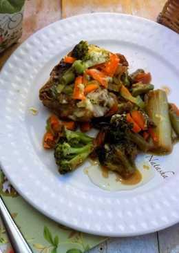 Курица и овощи в соусе Терияки