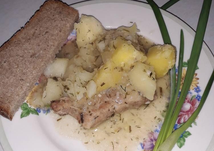 Тушеный картофель со свиными ребрами рецепт